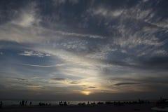在江边,萨拉索塔,佛罗里达的日出 免版税图库摄影