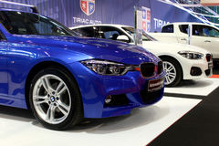 在汽车市场商展的BMW汽车 免版税库存图片