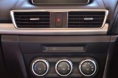 在汽车的控制板 库存图片