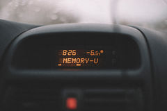 在汽车的标志温度 库存图片