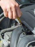 在汽车的油面 库存图片