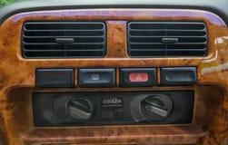 在汽车的空调器 图库摄影