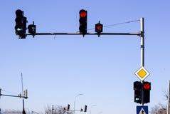 在汽车轨道的红绿灯 库存照片