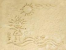 在沙子海滩的孩子动画片。 图库摄影