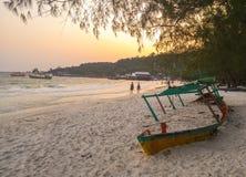 在沙子的游船水槽在酸值荣 免版税图库摄影
