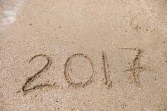 在沙子的题字2017年 免版税图库摄影