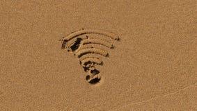 在沙子的Wi-Fi标志 库存照片