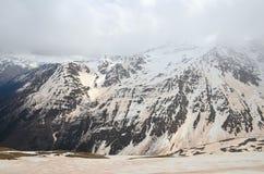 在沙尘暴以后的登上Cheget 北高加索,俄罗斯 免版税图库摄影