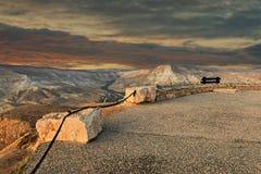 在沙漠内盖夫,以色列小山的早晨视图  库存照片