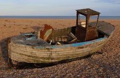 在沙漠的小船 库存照片