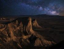在沙漠的月出 免版税库存照片