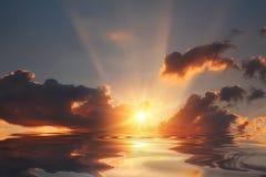 在河下的日落天空 免版税图库摄影
