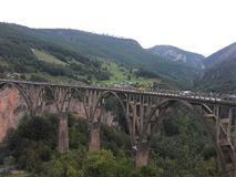 在河塔拉的桥梁在黑山 免版税库存图片