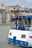 在河多瑙河,布达佩斯的游船 库存图片