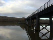 在河它玛德文郡的桥梁 图库摄影