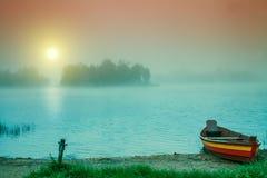 在河岸的木小船 图库摄影