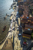 在河岸,波尔图,葡萄牙的看法 免版税库存照片