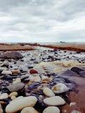 在河床的石头 库存图片