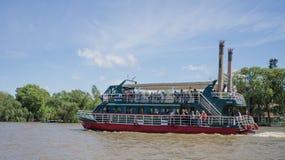 在河床队三角洲的小船,阿根廷 库存图片