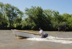 在河床队三角洲的小船,阿根廷 免版税图库摄影