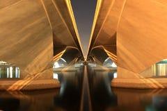 在河新加坡的桥梁 库存图片