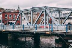 在河李的布赖恩Boru桥梁黄柏的 免版税库存照片