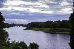 在河李, Co黄柏的Macroom桥梁 免版税库存图片