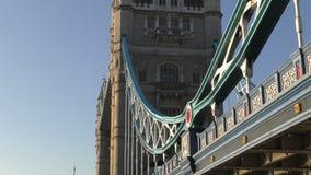 在河泰晤士的桥梁 股票视频