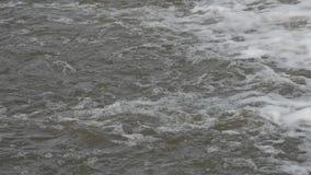 在河的小小瀑布 影视素材