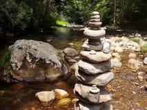 在河的岩石艺术 免版税库存照片