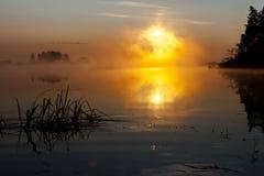 在河的日出早晨俄罗斯 库存照片