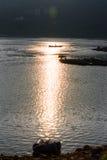 在河的日落 免版税库存图片
