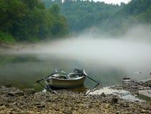 在河的早晨 免版税图库摄影
