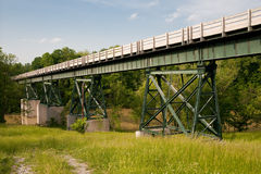 在河的桥梁俄亥俄 库存照片