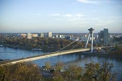 在河的桥梁 免版税库存图片