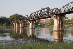 在河的桥梁kwai 免版税库存照片