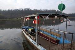 在河的轮渡 免版税图库摄影