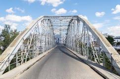 在河的铁桥梁 免版税图库摄影