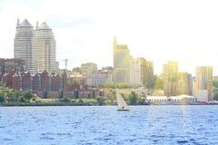 在河的风船 免版税图库摄影