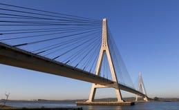 在河的ayamonte桥梁guadiana 免版税库存照片