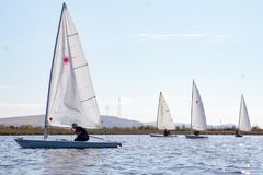 4在河,俄罗斯的游艇 免版税图库摄影