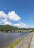 在河Afon Mawddach的桥梁 库存照片