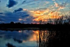 在河Dnipro的日落 库存照片
