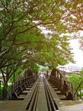 在河kwai,北碧,泰国的著名桥梁 库存照片