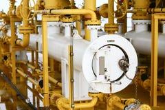 在油和煤气产业的猪发射器,在的现代的管子设计设备油和煤气产业,清扫用管道输送在platfor的过程 免版税库存图片