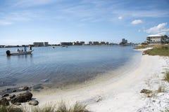 在沼泽点着陆的海滩在墨西哥湾海岸美国的橙色海滩 免版税库存照片