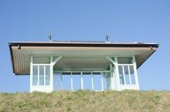 在沿海岸区的葡萄酒风雨棚 免版税库存照片