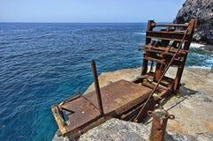 在沿海的老机械在村庄La黄鹿 免版税库存图片