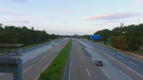 在法兰克福国际机场附近的四种方式的高速公路 影视素材