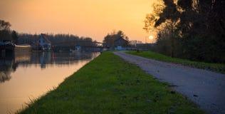 在法国运河的Sunsey 免版税库存图片